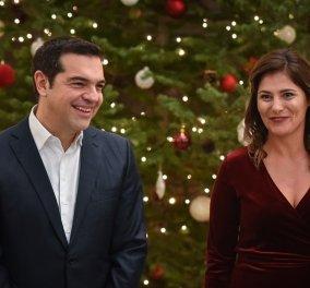 Ο Αλέξης Τσίπρας έγινε μάγος: Είπε «άμπρα κατάμπρα» και μας σύστησε τον... καινούργιο υπουργό Οικονομικών (Βίντεο) - Κυρίως Φωτογραφία - Gallery - Video