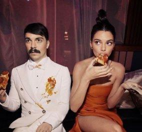 Ξεκαρδιστικές φωτογραφίες: Καλλιτέχνης έκανε Photoshop τον εαυτό του δίπλα στην Kendall Jenner!   - Κυρίως Φωτογραφία - Gallery - Video