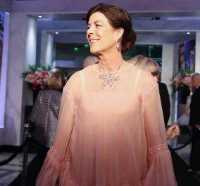 Καρολίνα του Μονακό: Η γαλήνια κομψότητα της κόρης της Γκρέις Κέλι - Κυρίως Φωτογραφία - Gallery - Video