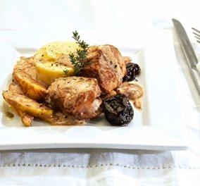 H Αργυρώ Μπαρμπαρίγου δημιουργεί: Υπέροχο Ψαρονέφρι με κρεμώδη σάλτσα κρασιού, χειμωνιάτικα φρούτα και πούρε  - Κυρίως Φωτογραφία - Gallery - Video