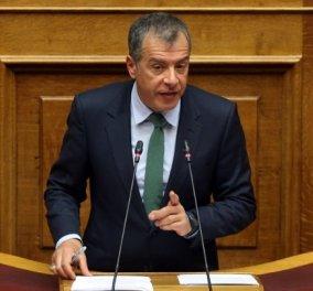 Στ. Θεοδωράκης: «Η απόφαση του κ. Δανέλλη να δώσει ψήφο εμπιστοσύνης είναι  κατάντια» (βίντεο) - Κυρίως Φωτογραφία - Gallery - Video