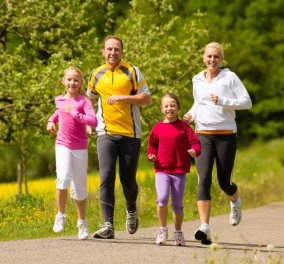 Νέα έρευνα αποκαλύπτει: Γιατί το τρέξιμο κάνει καλό στα γόνατα;  - Κυρίως Φωτογραφία - Gallery - Video