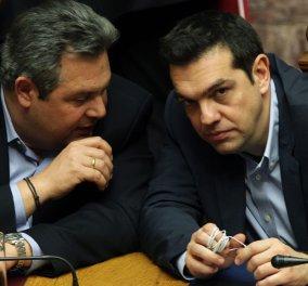 """""""Διαζύγιο"""" με Καβάφη - Στρατήγη : Τσίπρας - Καμμένος αντάλλαξαν στιχάκια για το κοινοβουλευτικό """"αντίο"""" (βίντεο) - Κυρίως Φωτογραφία - Gallery - Video"""