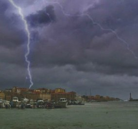 «Σφυροκοπάει» τα Χανιά η «Ωκεανίδα»: Κατέρρευσαν τρεις γέφυρες  (Φώτο-βίντεο) - Κυρίως Φωτογραφία - Gallery - Video