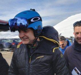 Αρκετή ώρα σκι στο Βελούχι έκανε ο Κυριάκος Μητσοτάκης - Δείτε φωτό και βίντεο - Κυρίως Φωτογραφία - Gallery - Video