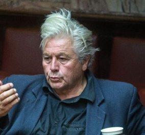 Δεν παραιτείται ακόμα ο Θανάσης Παπαχριστόπουλος - Πότε θα παραδώσει την έδρα του και τι θα γίνει με αυτή - Κυρίως Φωτογραφία - Gallery - Video