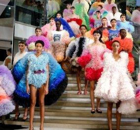 Εβδομάδα Μόδας Νέας Υόρκης: Εντυπωσίασε ο πρωτοεμφανιζόμενος Ιάπωνας σχεδιαστής, Τόμο Κοϊζούμι (βίντεο) - Κυρίως Φωτογραφία - Gallery - Video
