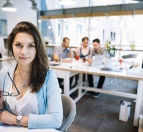 ΣΕΒ: 1 στους 3 Έλληνες εργάζεται σε δουλειά κατώτερη των προσόντων του! - Κυρίως Φωτογραφία - Gallery - Video