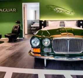 Ξενοδοχείο με κρεβάτια - αυτοκίνητο: Απόψε αγάπη μου θα κοιμηθούμε στη Mercedes ή θες στην Jaguar; (φώτο) - Κυρίως Φωτογραφία - Gallery - Video