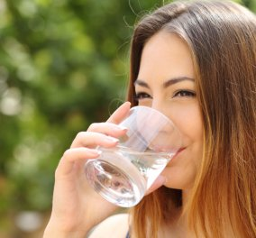 Ένα εκπληκτικό βίντεο για το νερό - Ποια σημάδια στέλνει το σώμα αν δεν πίνετε αρκετό;   - Κυρίως Φωτογραφία - Gallery - Video