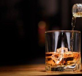Νέα έρευνα: Ένα μπουκάλι κρασί εξίσου επικίνδυνο για την υγεία με 5 τσιγάρα!  - Κυρίως Φωτογραφία - Gallery - Video