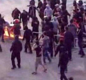 Νύχτα τρόμου στην Αθήνα -  Χούλιγκαν εισέβαλαν σε γήπεδα, χτύπησαν κόσμο, έκαψαν αυτοκίνητα! (φώτο- βίντεο) - Κυρίως Φωτογραφία - Gallery - Video