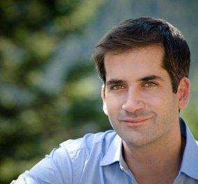 Ο υποψήφιος δήμαρχος Αθηναίων Κώστας Μπακογιάννης έχει και χιούμορ - Έγινε μικροσκοπικός για χάρη των παιδιών! (φώτο) - Κυρίως Φωτογραφία - Gallery - Video