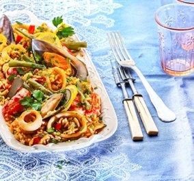 Η Αργυρώ Μπαρμπαρίγου δημιουργεί ένα Ισπανικό πιάτο: Παέγια (Paella) με θαλασσινά - Κυρίως Φωτογραφία - Gallery - Video