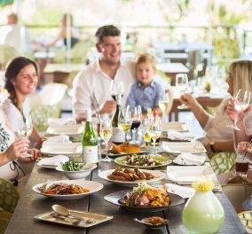 Ποιες είναι οι κλασικές κόντρες κάθε οικογένειας στις γιορτές - Κυρίως Φωτογραφία - Gallery - Video