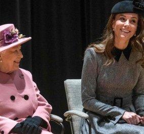 Κέιτ Μίντλεντον & Βασίλισσα Ελισάβετ μόνες τους σε κοινή έξοδο και με εντυπωσιακή εμφάνιση (φωτό - βίντεο) - Κυρίως Φωτογραφία - Gallery - Video