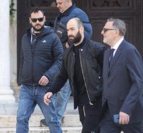 Εικόνες που έχει ανάγκη ο ελληνικός αθλητισμός: Φίλαθλοι του ΠΑΟ καταχειροκροτούν τον Σπανούλη στην κηδεία του Θανάση Γιαννακόπουλου (βίντεο) - Κυρίως Φωτογραφία - Gallery - Video