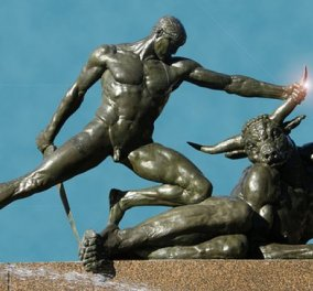Greek Mythos: Ο Θησέας νίκησε το Μινώταυρο αλλά ο πατέρας του αυτοκτόνησε - Νόμισε ότι δεν ζει πια ο γιος του & έτσι γεννήθηκε το Αιγαίον Πέλαγος - Κυρίως Φωτογραφία - Gallery - Video