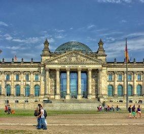 Αναχώρηση για Βερολίνο: Μεταφερθείτε από το Τείχος, στο Ράιχσταγκ κι από το Μνημείο του Ολοκαυτώματος, στο Βρανδεμβούργο! (βίντεο) - Κυρίως Φωτογραφία - Gallery - Video