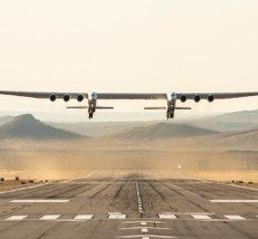 """Εντυπωσιακό! - Το μεγαλύτερο αεροπλάνο του κόσμου έκανε το """"ντεμπούτο"""" του στους αιθέρες - Μεγαλύτερο από ένα γήπεδο (φώτο-βίντεο) - Κυρίως Φωτογραφία - Gallery - Video"""