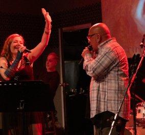Η Χριστίνα Γκόλια στο Χυτήριο παρέα με αγαπημένους φίλους τραγουδιστές για την παρουσίαση της νέας της δισκογραφικής δουλειάς - Κυρίως Φωτογραφία - Gallery - Video