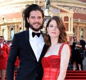Έκλεψαν την παράσταση «Jon Snow» και «Ygritte» στην πρεμιέρα του 8ου κύκλου του Game of Thrones - Κυρίως Φωτογραφία - Gallery - Video