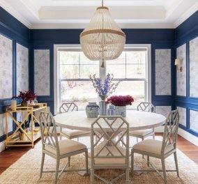 Ένα εξαίσιο εξοχικό σπίτι κοντά στη θάλασσα με κυρίαρχο το μπλε - Είναι τελικά ουδέτερο χρώμα; (φωτό) - Κυρίως Φωτογραφία - Gallery - Video