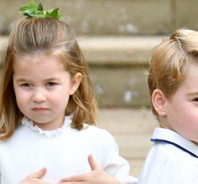 """Γεννημένη πριγκίπισσα: Η μικρή Σάρλοτ με χάρη & νάζι χαιρετάει τα πλήθη ντυμένη """"νυφούλα"""" (φώτο) - Κυρίως Φωτογραφία - Gallery - Video"""