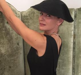 """Μαρία Ναυπλιώτου: Ποιες φώτο διάλεξε η κορυφαία ηθοποιός από την παράσταση hit της χρονιάς """"Μαρία Κάλλας"""" - Κυρίως Φωτογραφία - Gallery - Video"""