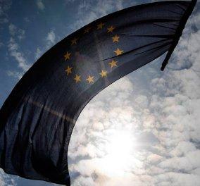 Ευρωεκλογές 2019 -  Νέα δημοσκόπηση: Στο 3,4 η διαφορά για ΝΔ – ΣΥΡΙΖΑ, 3ο κόμμα Χρυσή Αύγη ή ΚΙΝΑΛ - Κυρίως Φωτογραφία - Gallery - Video