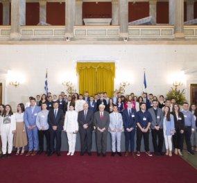 Η Μεγάλη Στιγμή για την Παιδεία από την Eurobank: Τιμητική βράβευση για τους Πρώτους εκ των Πρώτων αποφοίτους λυκείων πανελλαδικώς - Κυρίως Φωτογραφία - Gallery - Video