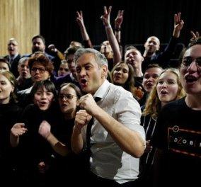 BBC: Εγγονός ενός δικτάτορα, πρώην ηθοποιός & ένας νεαρός Πειρατής- Τα νέα πρόσωπα του Ευρωπαϊκού Κοινοβουλίου που θα απασχολήσουν  - Κυρίως Φωτογραφία - Gallery - Video