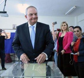 Θεσσαλονίκη: Κανένα μέλος της εφορευτικής επιτροπής δεν πήγε στο εκλογικό τμήμα που ψήφισε ο Κώστας Καραμανλής (βίντεο) - Κυρίως Φωτογραφία - Gallery - Video