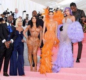 Met Gala after party: H Kim Kardashian σαν ψεύτικη κούκλα, ο αγέλαστος σύζυγος και πνευματικός ηγέτης Kanye West και οι άλλοι… (φώτο) - Κυρίως Φωτογραφία - Gallery - Video