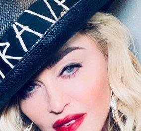 Η Madonna φτάνει σαν αρχηγός κράτους στο Τελ Αβίβ – Ιδιωτικό τζετ, κομβόι με λιμουζίνες και πολύ μπότοξ (φωτό-βίντεο) - Κυρίως Φωτογραφία - Gallery - Video