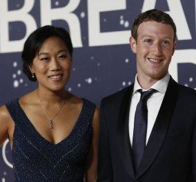 Επέτειος γάμου του Mark Zuckerberg στην Ακρόπολη – Αγκαλιά με την γυναίκα του στο facebook βέβαια... - Κυρίως Φωτογραφία - Gallery - Video