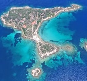 Βίντεο ημέρας: Τα άγνωστα τιρκουάζ νησάκια της Χαλκιδικής μοιάζουν με ζωγραφιά - Κυρίως Φωτογραφία - Gallery - Video