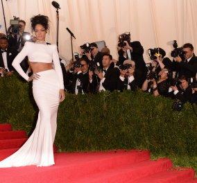 Forbes: Η Ριάνα είναι η πλουσιότερη τραγουδίστρια στον κόσμο – «Έφαγε» Μαντόνα και Μπιγιονσέ! - Κυρίως Φωτογραφία - Gallery - Video