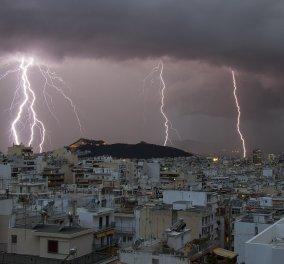 Κακοκαιρία στην Αττική: Μέσα σε μία ώρα 680 κεραυνοί και 60 χιλιοστά βροχής το μεσημέρι  - Κυρίως Φωτογραφία - Gallery - Video