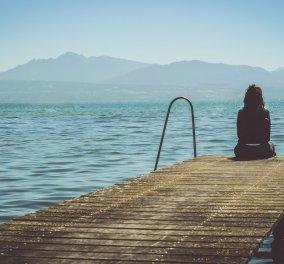 Όσο περισσότερο πιέζεσαι να βγεις από την θλίψη, τόσο νιώθεις ενοχές & θυμώνεις με τον εαυτό σου - Κυρίως Φωτογραφία - Gallery - Video