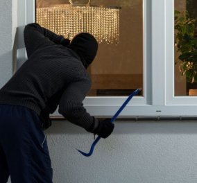 Διαρρήκτες αποκαλύπτουν 10 πράγματα που διώχνουν ή αποθαρρύνουν τους κλέφτες να μπουν σε ένα σπίτι - Κυρίως Φωτογραφία - Gallery - Video