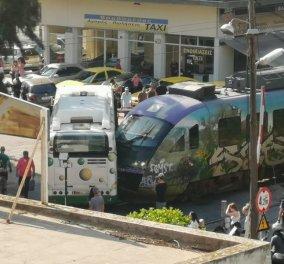 Σύγκρουση συρμού του προαστιακού με λεωφορείο στη Λιοσίων - Δείτε τις πρώτες εικόνες - Κυρίως Φωτογραφία - Gallery - Video