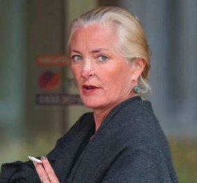 Βρετανία: Δικηγόρος πήρε άδεια από τη φυλακή & βρέθηκε νεκρή σε γκρεμό - Είχε δικαστεί για ρατσιστικό επεισόδιο σε αεροπλάνο (φώτο-βίντεο) - Κυρίως Φωτογραφία - Gallery - Video