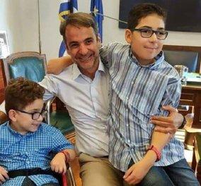"""Κυρ. Μητσοτάκης: """"Ευχαριστώ το μικρό Ανδρέα που ήρθε από τη Ρόδο για να μας δει από τα θεωρεία της Βουλής"""" (φώτο) - Κυρίως Φωτογραφία - Gallery - Video"""