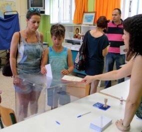 Εθνικές εκλογές 2019: 21.478 εκλογικά τμήματα για τη 19η εκλογική αναμέτρηση από τη μεταπολίτευση - Κάλπες καλοκαίρι το 1928 & το 2010 - Κυρίως Φωτογραφία - Gallery - Video