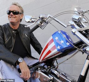 """Πίτερ Φόντα: Ο """"Easy Rider"""" δεν είναι πια εδώ - Ο διάσημος ηθοποιός  πέθανε - Απαρηγόρητη η αδερφή του Τζέιν Φόντα (φώτο-βίντεο) - Κυρίως Φωτογραφία - Gallery - Video"""
