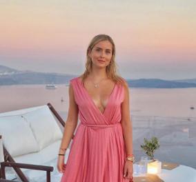 Στη Σαντορίνη η αδερφή της διάσημης μπλόγκερ Κιάρα Φεράνι, Βαλεντίνα -Διαφημίζει το νησί σε όλο τον κόσμο (φωτό) - Κυρίως Φωτογραφία - Gallery - Video