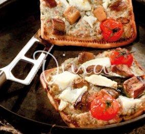 Η υπέροχη Ντίνα Νικολάου μας ετοιμάζει φανταστική πίτσα με μελιτζανοσαλάτα - Κυρίως Φωτογραφία - Gallery - Video