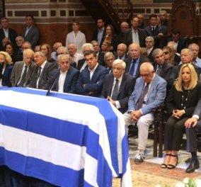 Τους ένωσε όλους : Τσίπρας, Γεννηματά, Παυλόπουλος, Παπανδρέου, Καραμανλής στην κηδεία του Αντώνη Λιβάνη (φώτο)  - Κυρίως Φωτογραφία - Gallery - Video