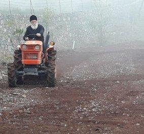 Ο Μητροπολίτης- Κυνουρίας Αλέξανδρος ανέβηκε στο τρακτέρ - Γίνεται αγρότης & βοηθάει τους φτωχούς  (βίντεο) - Κυρίως Φωτογραφία - Gallery - Video